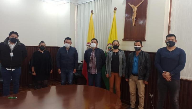 Gobernación de Nariño acuerda pagos para personal administrativo de instituciones educativas