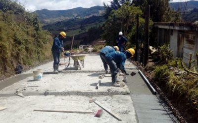 En Potosí ,Gobernación de Nariño entregó máquinas ordeñadoras y tres proyectos de placa huella