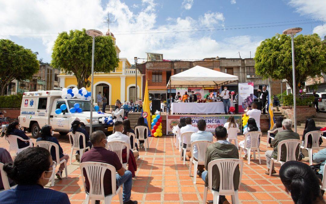 Gobernación de Nariño entregó ambulancias y equipos médicos en Providencia y Guaitarilla