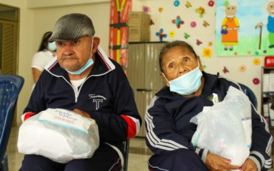 Adultos mayores de Yacuanquer y Consacá recibieron atención asistencial de la Gobernación de Nariño y la gestora social del Departamento